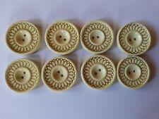 BP07/ Lot 8 boutons anciens plastique dia26mm ann30/40 8 Old plastic buttons