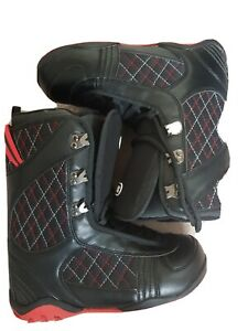 Snowboard Boots Spartan Size 8. Only Worn Once