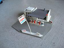 Vintage HO Scale Tyco Pola Exxon Gas Station Building LOOK