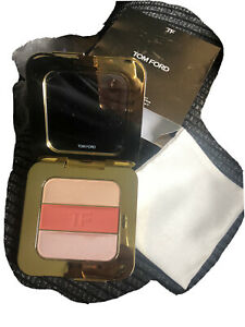 Tom Ford Soleil Contouring Compact In Nude Glow, Brand New. Large