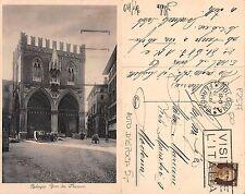 Bologna - Foro dei Mercanti CON AUTO D'EPOCA TIMBRO VISITATE L'ITALIA (A-L 198)