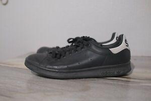 Stan Smith Adidas mens size 8 black white EE5819