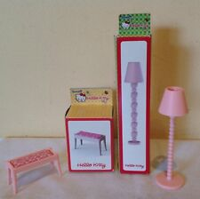 HELLO KITTY doll house furniture,lamp &table