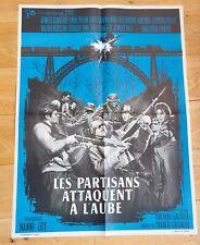 LES PARTISANS ATTAQUENT A L'AUBE Affiche cinéma 60x80 NANNI LOY, SALVATORI