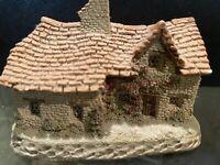"David Winter - ""Sussex Cottage"" 1983 Souvenir of England-Vintage"