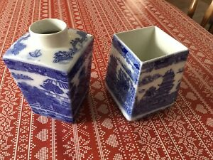 Vintage Blue And White Willow Pattern Pottery