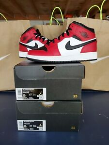 Nike Air Jordan 1 Mid GS Chicago Black Toe Size 6Y (Women's 7.5) Bred 554725-069