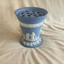 WEDGWOOD JASPER WARE BLUE LARGE VASE WITH FROG FOR FLOWERS EXCELLENT CONDITION