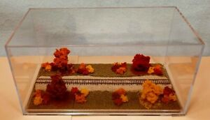 "Z SCALE - SINGLE TRACK 8"" -DISPLAY CASE -""FALL FOLIAGE SCENE""  FOR ANY Z-  sdA3"