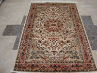 Awesome Beauty Floral Oriental Area Rug Hand Knotted Wool Silk Carpet (6 x 4)'
