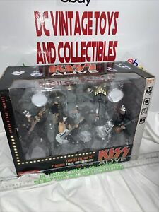 Mcfarlane Toys Kiss Alive Deluxe Box Set Super Stage. Limited Edition.