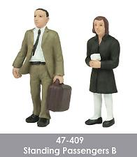 Scenecraft 47-409 Standing Passengers Figures Pack B (2PK) O Gauge