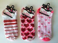 Hearts  Socks Valentines Three Pair Size 9-11 NWT Pink Red