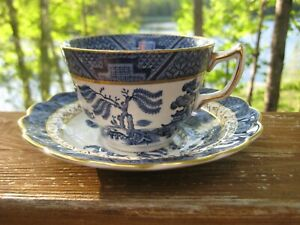 VINTAGE BOOTHS REAL OLD WILLOW CUP AND SAUCER PATTERN NUMBER 8025