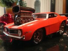 MUSCLE MACHINES 1969 CHEVROLET CAMARO 1:24 SCALE CUSTOM MODIFIED ORANGE 5TH ANN