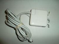 Apple 60W MagSafe AC Power Adapter MacBook MacBook Pro 16.5V~3.65A A1184 A1181