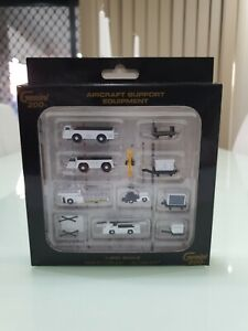 Gemini Jets 1:200 Airport Accessories - Airport Support Equipment GSE (G2APS451)
