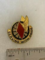 Authentic US Army 5th Supply & Transport Battalion DI DUI Crest Insignia 22M