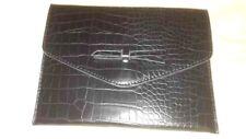 pochette à main de soir Luxe Galeries Lafayette cuir efet crocodil boucle laçet