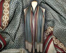Belle étole 100% laine coloris dominants beige et gris - CH12 b936a2972a4