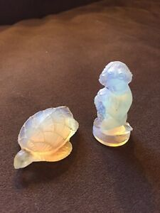 Nice Lot Pair Sabino France Opalescent Glass Figures Turtle And Cherub W/ Roses