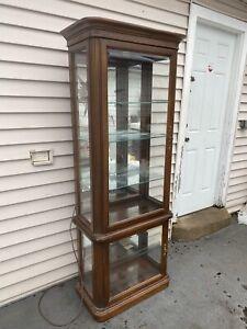 Vintage Gordon's Fine Furniture Lighted Curio Display Cabinet