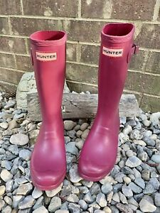 Hunter Girl's Original Matte Rain Boots Magenta Size 3 US Pull-on