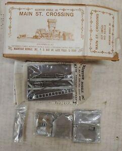 Magnuson Models Main Street Crossing Kit with Gates #M520 NIB, Vintage (F23)