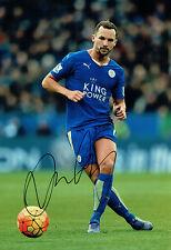Daniel Danny Drinkwater Leicester City Firmado Autógrafo 12x8 Foto AFTAL cert. de autenticidad