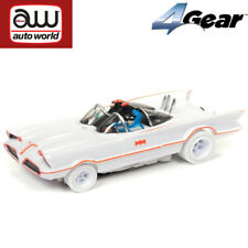 Auto World 4Gear Batman TV Series 1966 Batmobile iWheels HO Scale Slot Car