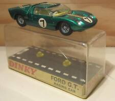750. DINKY TOYS (England) 215 FORD GT Racing car Verde met/Metallic green  MB