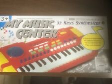 MY MUSIC CENTER 32 KEYS SYNTHESIZER