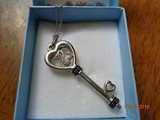 EXQUISITE DIAMOND JANE SEYMOUR OPEN HEART KEY NECKLACE W/MATCHING CHAIN