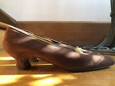 "Vintage Fendi brown suede ""court shoes� with braided and brass detail size 6.5"