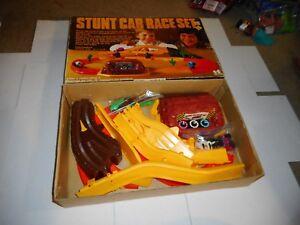 Vintage 1970's Kmart Tomy Stunt Car Race Set - Complete (s11)