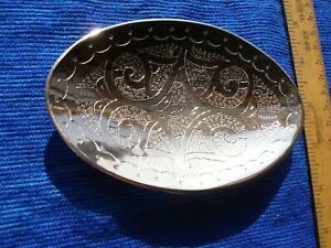 Hand engraved in  Morocco silver colour oval soap dish