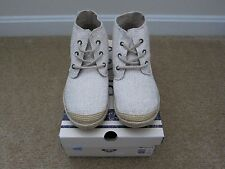 NIB Roxy Women Size 8 M Cream Round-Toe Lace-Up High-Top Sneakers Flat Shoes