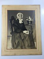Grande Et Ancienne Photo De  Femme Signée De 1906 Dim 48/35,5 Voir Photos