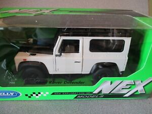 Welly NEX  1:24  LAND ROVER DEFENDER  White    mint n boxed