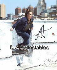 ANABELLE ACOSTA genuine signed photo - QUANTICO -SUPERNATURAL - BALLERS