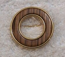 Round Wooden Inlay Gold Tone Vl-Ab Classic Pin Brooch Loop Design Circular Ring