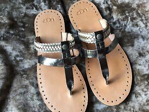 Womens Ugg Sandal With Toe Thong Metallic Silver Uk 6.5 Brand New.