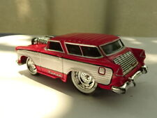 2008 MUSCLE MACHINES 1955 RED CHEVY NOMAD 1:64