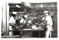 PHOTO Boucherie Boucher Métier Artisan 1970 Employé découpe de la viande