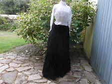 Vêtement ancien. Jupe longue ,  fin XIXème siècle