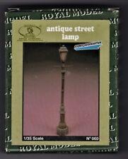 ROYAL MODEL 060 - ANTIQUE STREET LAMP - 1/35 RESIN KIT