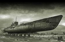 Incorniciato stampa-VINTAGE Warn OUT picchiato vecchio sottomarino (foto poster arte BLU NAVY)