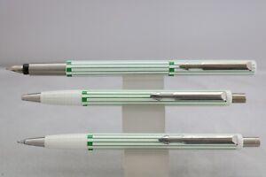 Vintage (1990) Parker Vector Green Lined Triple Pen Set, Cased