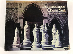 Vintage ES Lowe Full Renaissance Chess Set No. 833 Authentic Weighted Felted