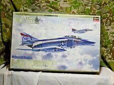 Hasegawa McDonnell Douglas F-4B/N PHANTOM II Midway Bicentennial 1:48 (M-542)